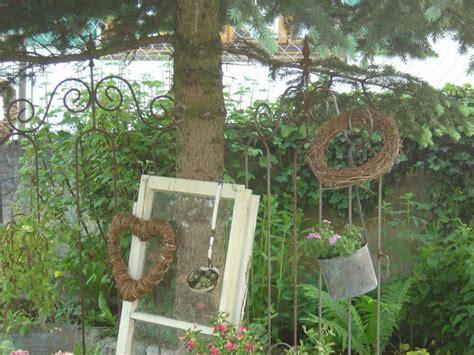 Garten Deko Glas by Alte Fenster Als Deko Im Garten Home Ideen