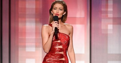 gigi hadid sort of apologizes for her melania trump gigi hadid under fire for her disrespectful melania trump