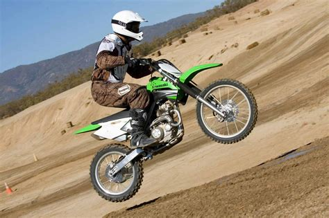 motocross biking kawasaki dirt bike wallpaper hd wallpapers pics