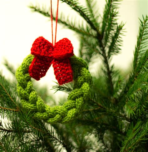 41 free knitting patterns tagged free christmas tree