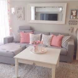 decorating small homes on a budget 25 best ideas about apartment makeover on pinterest