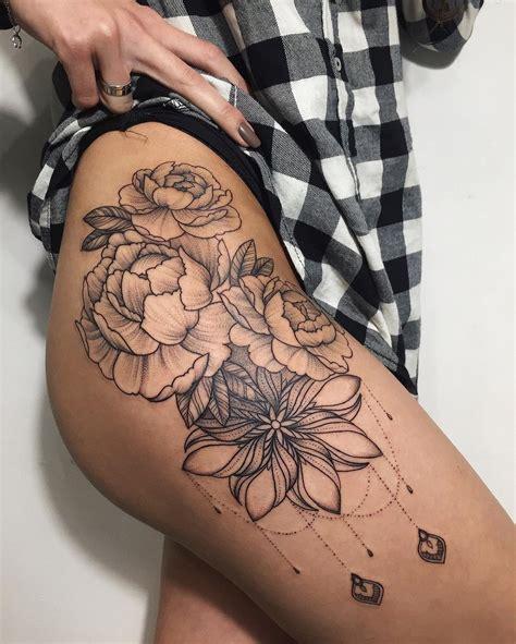 tattoo back hip tattooalinatu dotworktattoo tattoo tattooalinatu