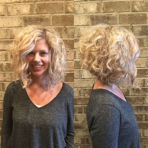wavy long bob before and after pic 25 best ideas about curly inverted bob on pinterest 3a