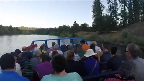 jet boats grants pass oregon hellgate jetboat excursion grants pass oregon youtube