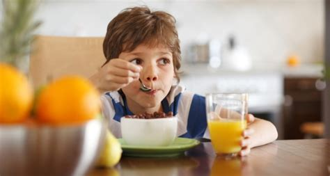 get kids to eat breakfast what happens when kids don t eat breakfast indaily