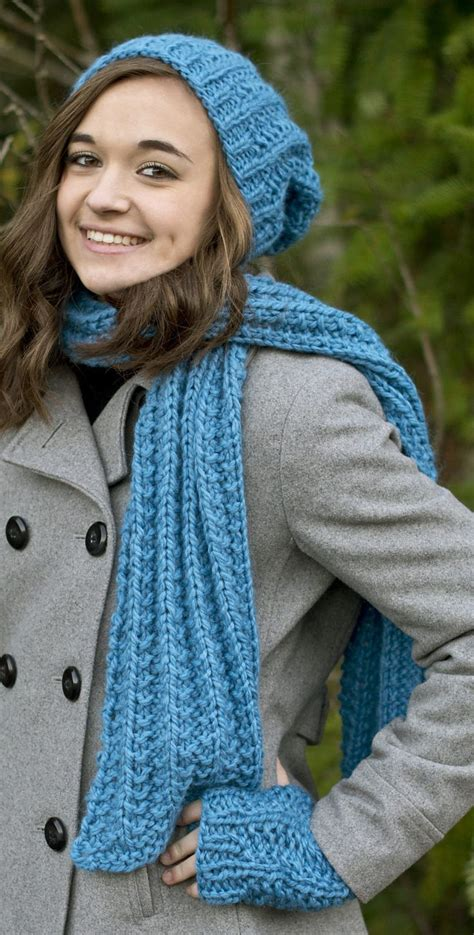 knitting pattern scarf and hat set 25 best ideas about quick knits on pinterest quick