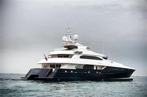 catamaran for sale bahamas zenith 133 sabre catamaran 2012 freeport bahamas