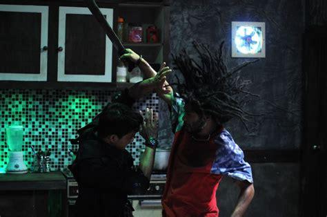 film action indonesia the raid the raid film review easternkicks com