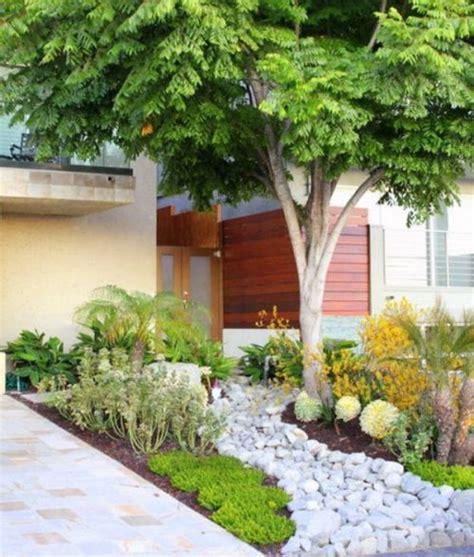 desain bunga hias rumah segar dengan desain taman rumah minimalis