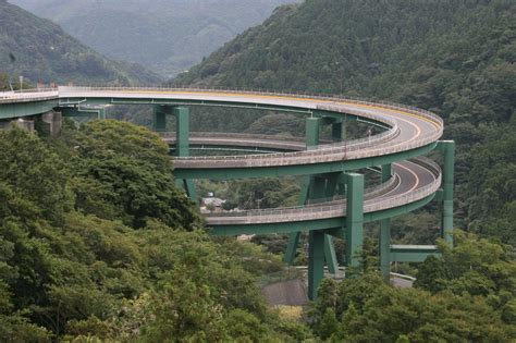 japanese bridges travel trip journey kawazu nanadaru loop bridge japan
