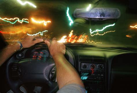 why do headlights flicker when i m listening to