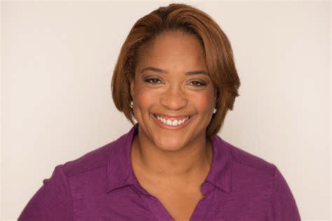 philips commercial actress dies dushon monique brown chicago fire actress dies at 49