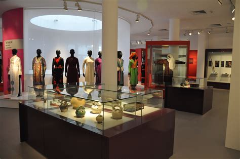 fashion section file vietnamese women s museum women s fashion section