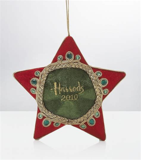 christmas decorations images christmas decoration harrods photo 16186395 fanpop