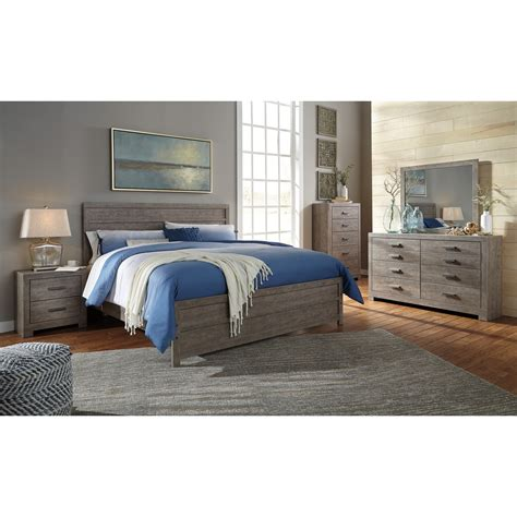 Culverbach Bedroom Set by Signature Design By Culverbach King Bedroom