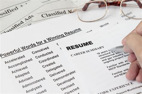 Descriptive Words For Resume by Improve Language And Descriptive Words In Your Resume