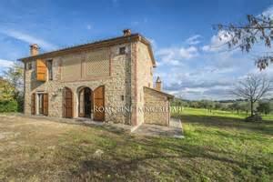 Tuscan Home Plans casale con terreno in vendita ad anghiari toscana