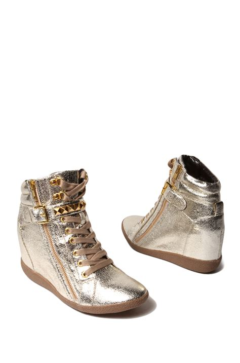 gold wedge sneaker steve madden huston sneaker wedge in gold metallic multi