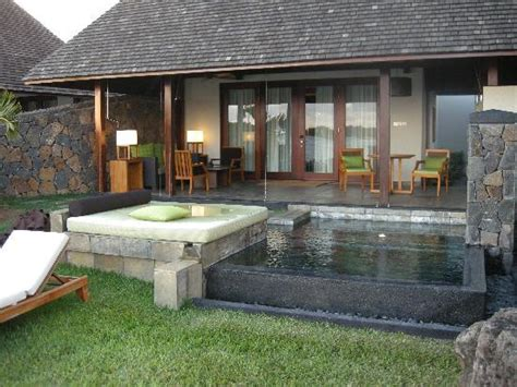 three bedroom villa four seasons resort mauritius at anahita hotel bar picture of four seasons resort mauritius at