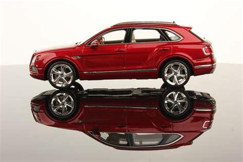 bentley bentayga red bentley bentayga scale 1 43 looksmart models