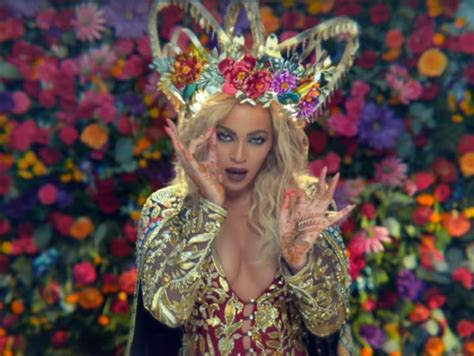 download mp3 coldplay ft beyonce hymn coldplay drops new music video for quot hymn for the weekend