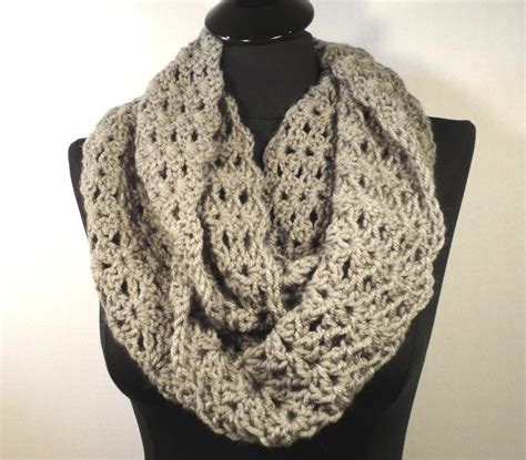 flirty crochet infinity scarf by dvillamaino craftsy