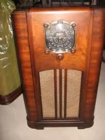 Marvelous Floor Model Tv For Sale #2: ZENITH-6-S-152-black-dial-console-antique-vintage-radio.jpg