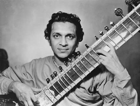 best sitar player pandit ravi shankar how the sitar player won u s audiences