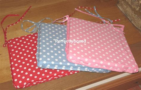 pink kitchen chair cushions buy polka dot seat pads at www perfectlyboxed