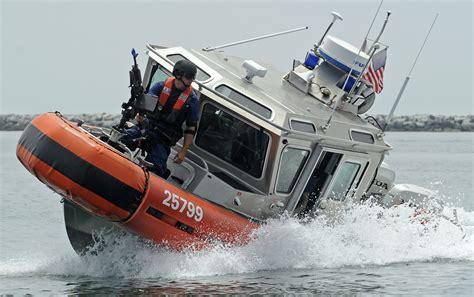 Cost Garde Coast Guard Special Operators Fight Terrorism