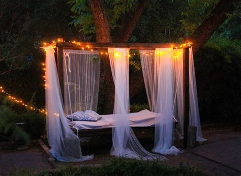 9 awesome diy outdoor hanging beds comfydwelling com