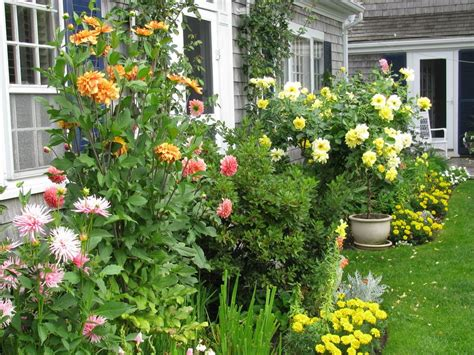 Traditional Cottage Garden Flowers Cottage Garden Design Ideas Landscape Traditional With Cottage Garden Cottage
