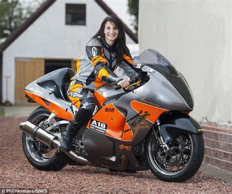 Motorrad Online Email by Brit Mother Becci Ellis Smashes Land Speed Record By Going