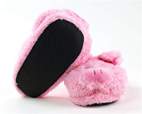 pig house shoes pig slippers 28 images pig slouch slippers pig slippers happy mens and womens pig