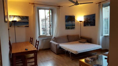 single room for rent single room in city center only for students room for rent milan