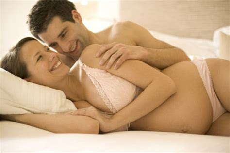 Cara Aman Berhubungan Intim Saat Hamil 2 Bulan Posisi Suami Isteri Saat Hamil Sekitar Kita