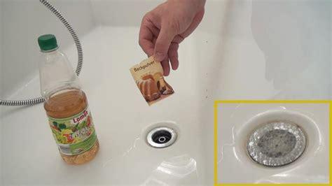 Rohrreinigung Mit Natron Und Essig by Verstopftes Waschbecken 5 Methoden Den Abfluss Zu