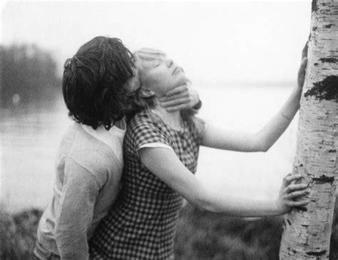 backyard sex pics black and white dominant kissing love lovers rape