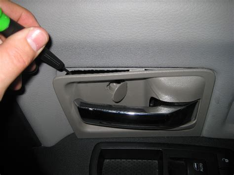removing the front door panel on a dodge journey youtube dodge ram 1500 interior front door panel removal guide 008