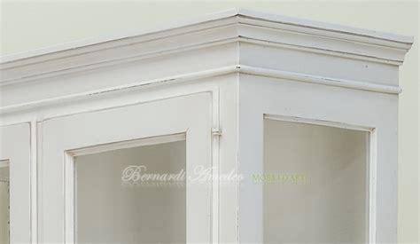 credenze bianche anticate vetrine gamba mensolata vetrine