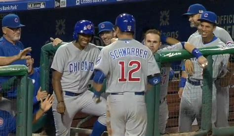 cubs bench video entire cubs bench laughs at kyle schwarber after