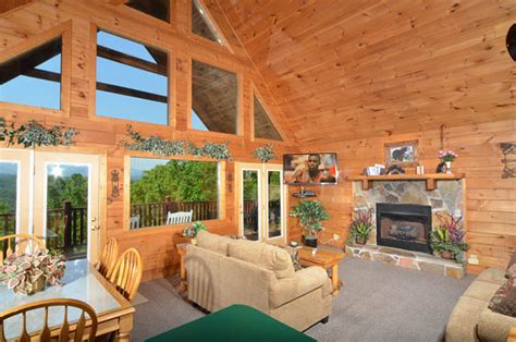 Majestic View Cabin by Majestic View Cabin