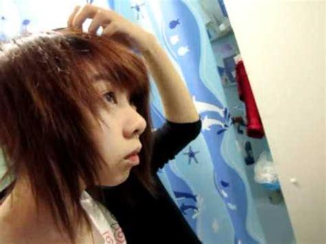 cutting hair upside down cutting hair by flipping hair flip cut layering youtube