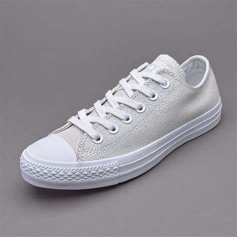 Harga Converse Leather sepatu sneakers converse womens chuck all
