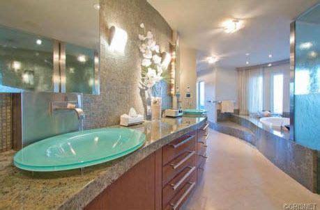 dwayne the bathtub the 25 best dwayne johnson house ideas on pinterest the