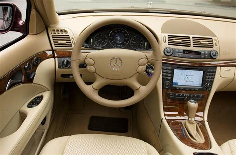 Expedition 6647 Silver Combi Black Leather auction results and data for 2008 mercedes e class
