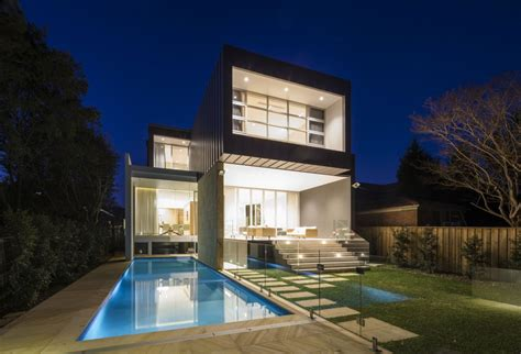 Modern Box House | modern box house with openings inspiring freedom in sydney