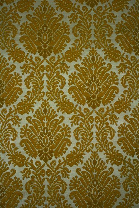 wallpaper with velvet design flocked velvet wallpaper wallpapersafari