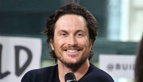 oliver hudson father oliver hudson gives update on relationship with estranged