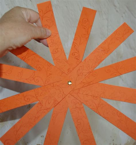 How To Make A Pumpkin Out Of Paper - how to make a paper pumpkin for thanksgiving and